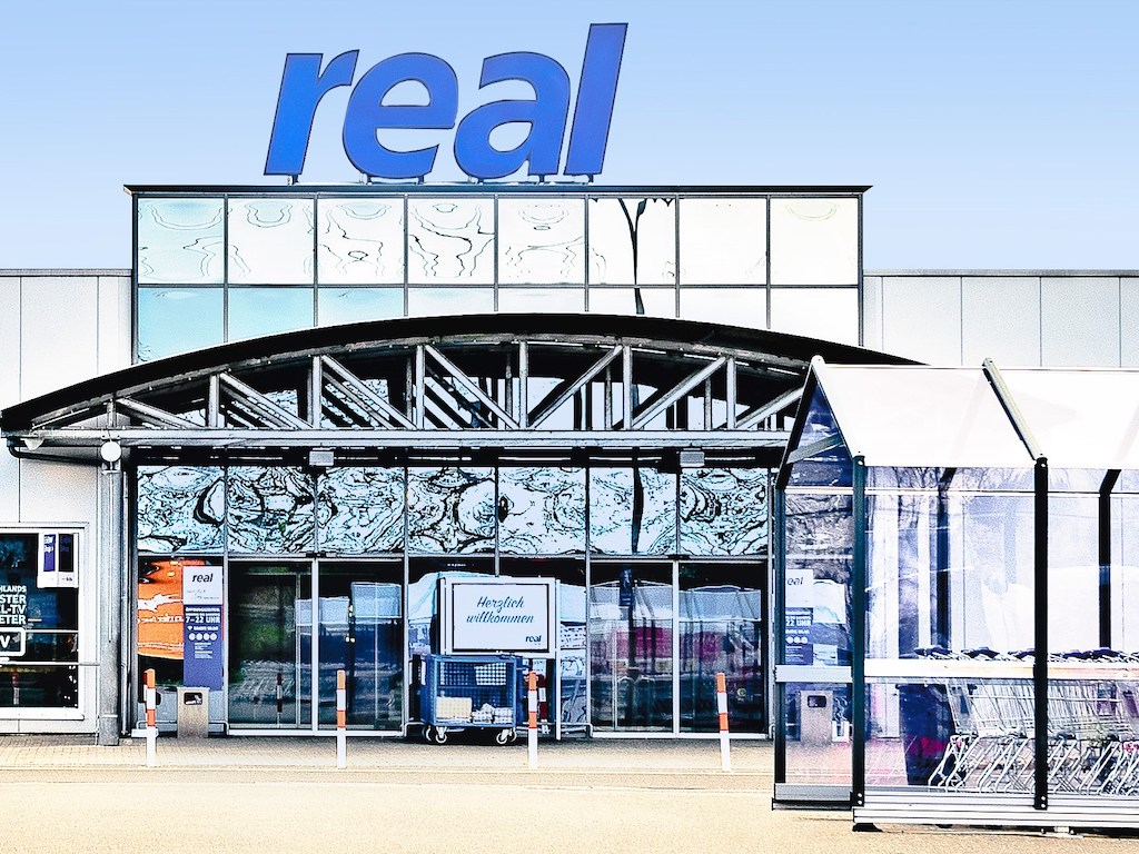 real GmbH, Reichenberger Straße in Augsburg
