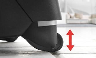 Gummierte Reifen und Lenkrollen mit Stoßdämpfern sorgen für ein besonders ruhiges Fahrerlebnis
